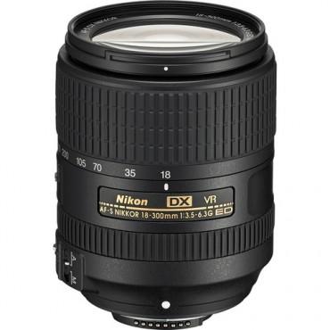 AF-S Nikkor DX Nikkor 18-300mm f/3.5-6.3G ED VR