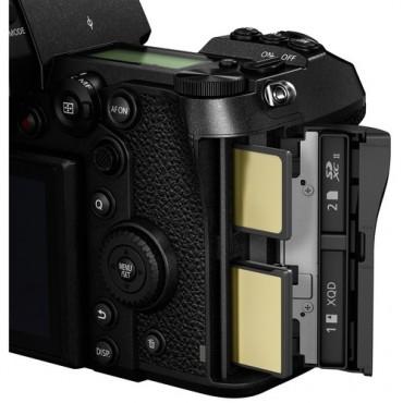 Panasonic Camara Mirrorless Full Frame Lumix DC-S1