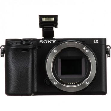 Sony Alpha 6400 kit EPZ 18-135mm  f3.5-5.6